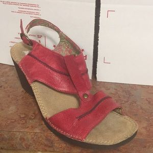 Hush Puppies Leather Wedge Havana Sling Sandal 9.5